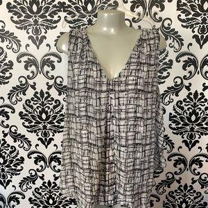 White House black market blouse sleeveless